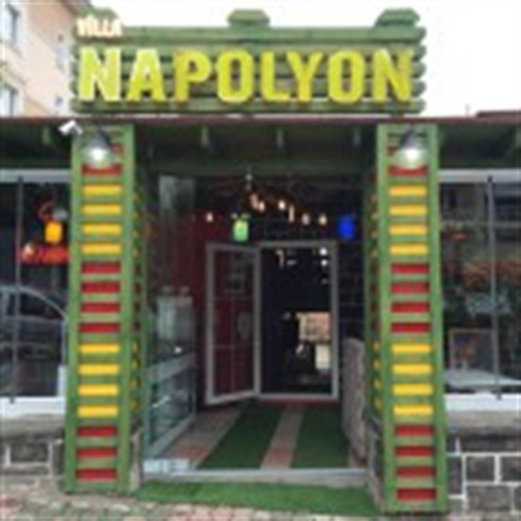 Villa Napolyon Cafe